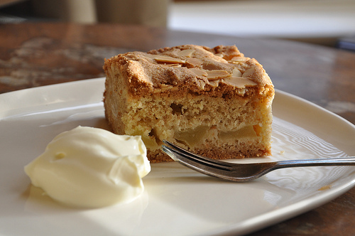 Mary berry, devonshire apple cake